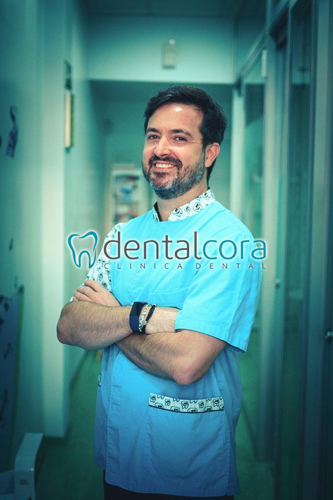 Clínica Dentalcora odontólogos en Fuenlabrada